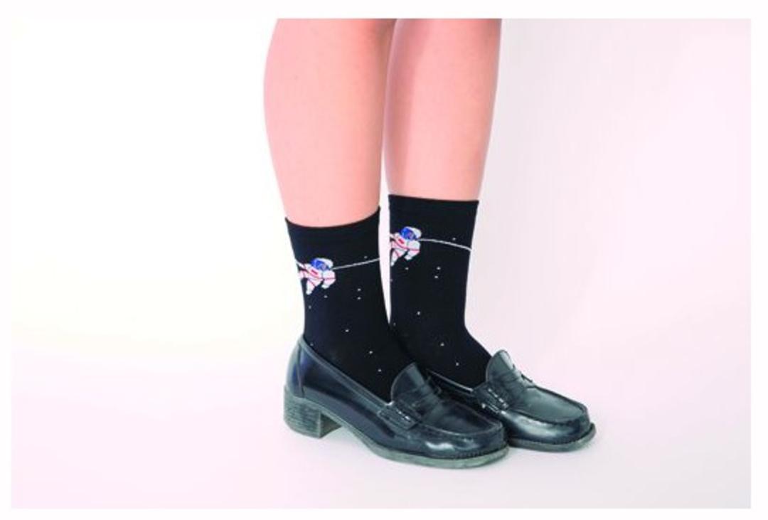 術⑷ ネタ系の靴下でハズす(りか)