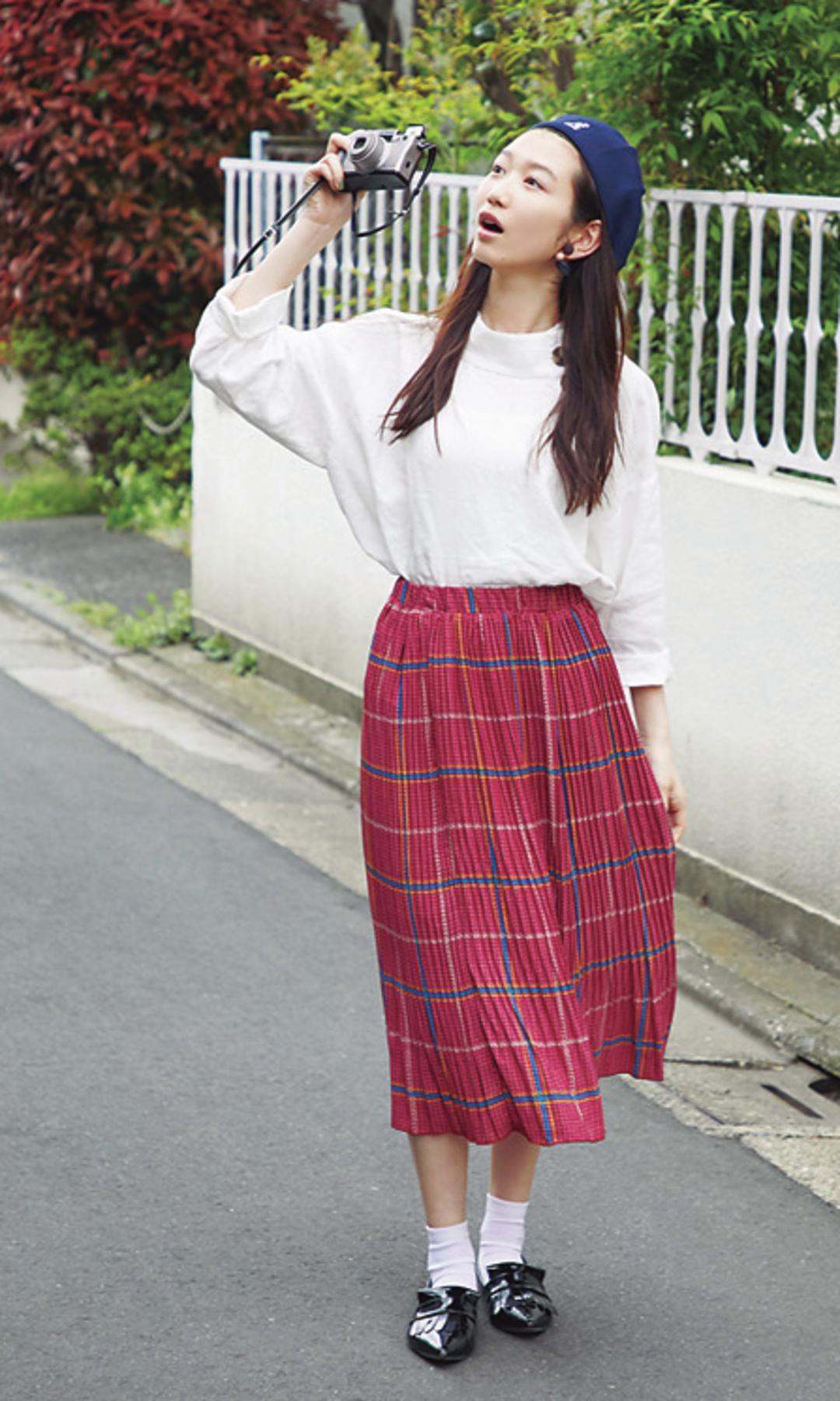 夏美は文化系女子っぽコーデでお散歩に❤