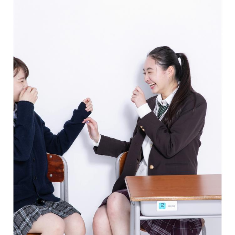 【1位】教室で友達と話す byひなごろう
