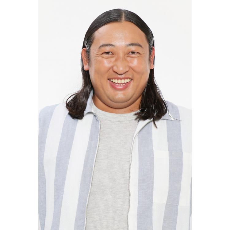 ロバート秋山さんの怪しいラッパーの、ラップも本格的⁉