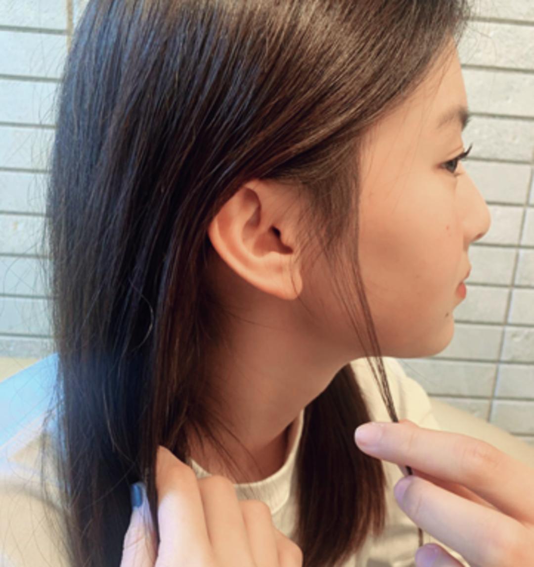 【HAIR】サイドピンのストレートで顔を明るく&清楚