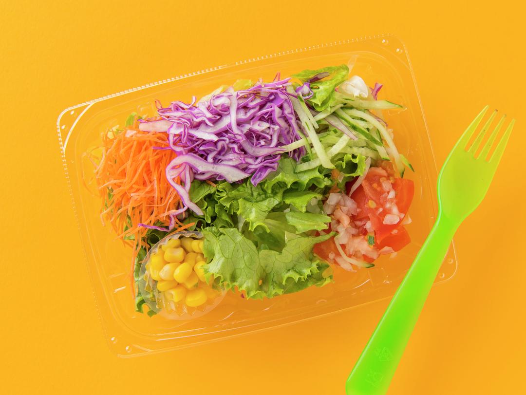 【心得1】コンビニランチはカラフルな映えサラダがよき