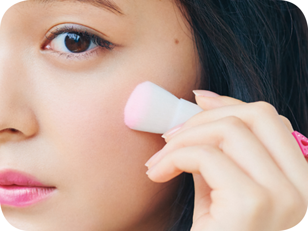 How to3 ほおと唇はピンク色に染める