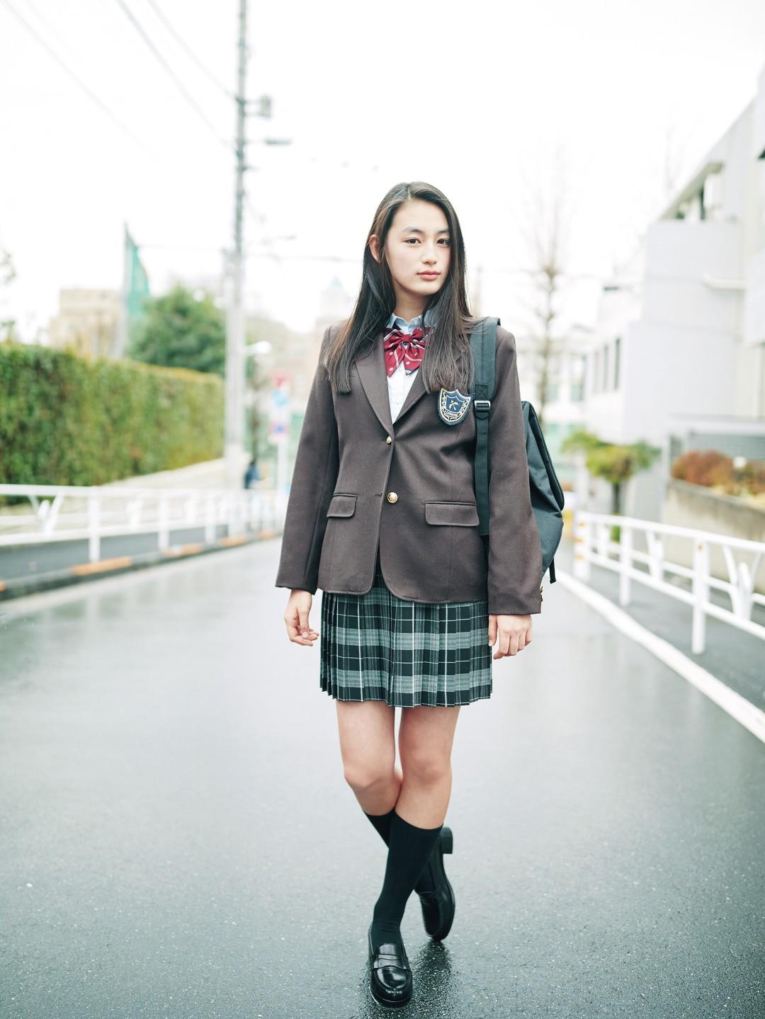 莉可子はクールbutカジュアルなギャップJKでいくっ!!