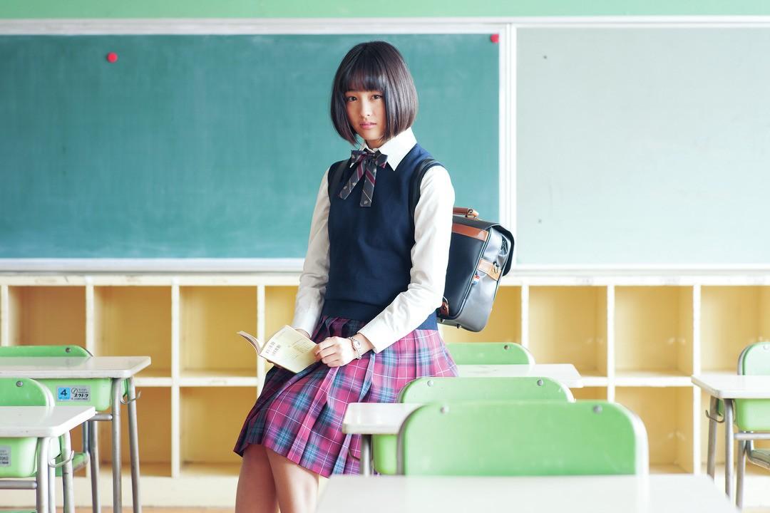 花恋の「まじめっぽガーリークラシカル」制服スタイル