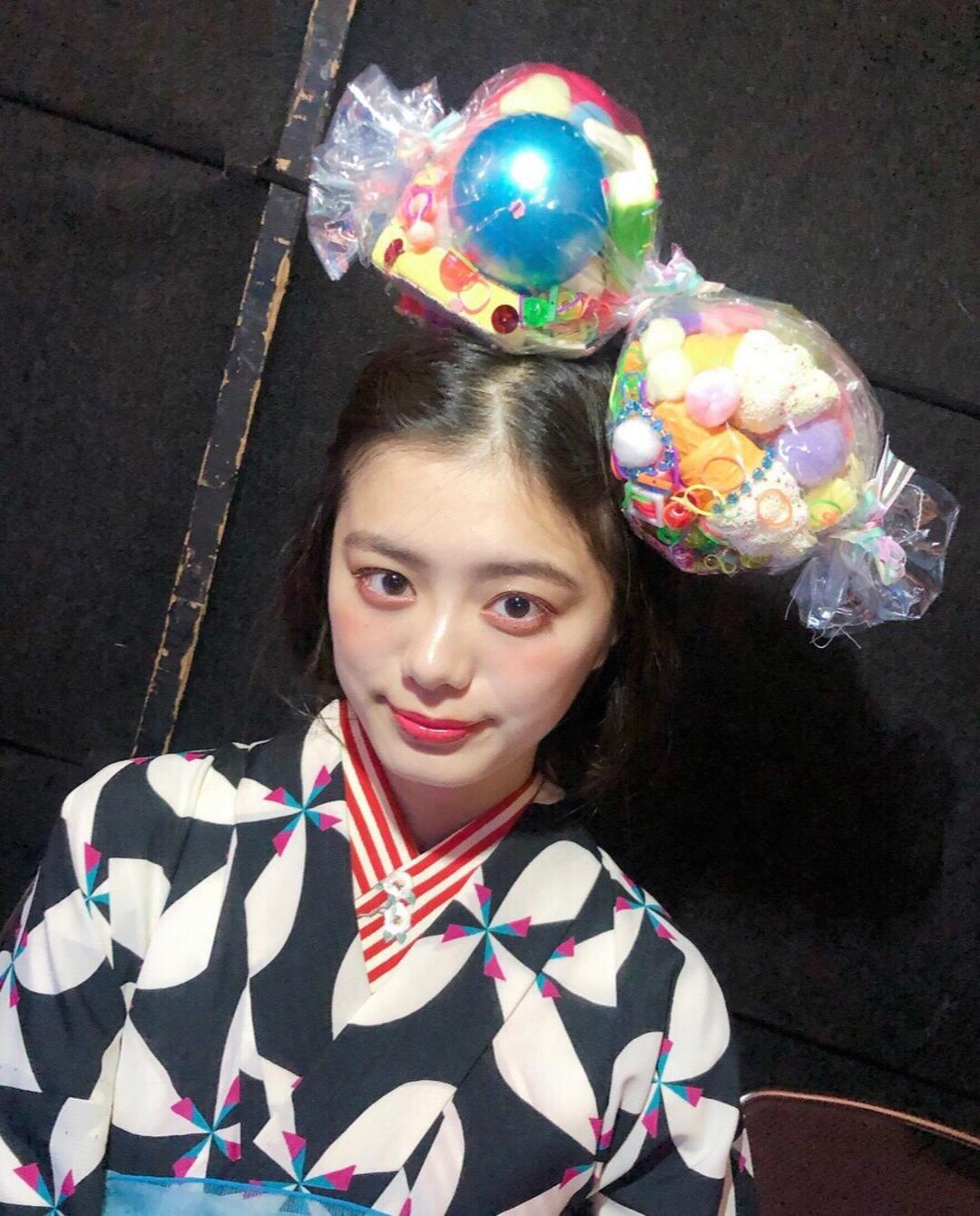 こんちゃんはレトロポップなヘアメイク♡