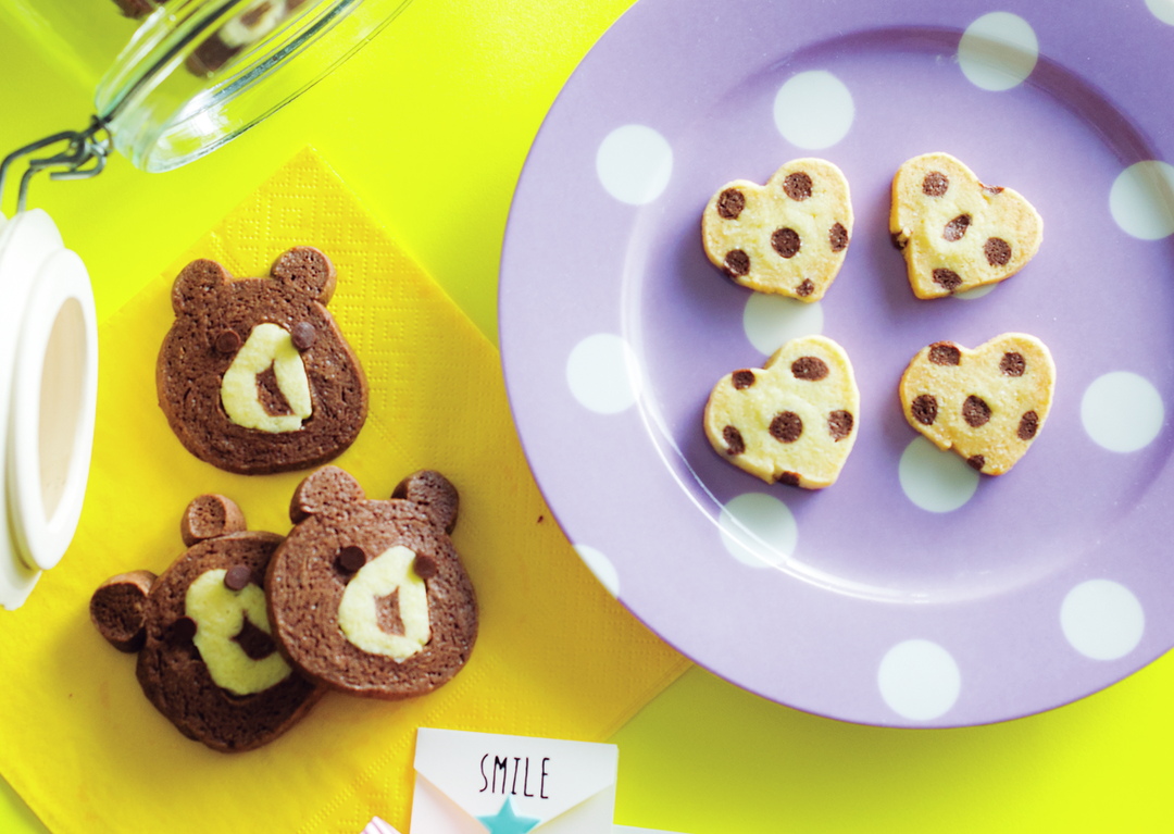 作るのは、2種類のアイスボックスクッキー