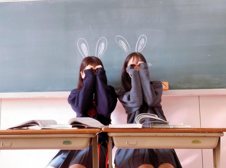 ③ 教室でイツメン!