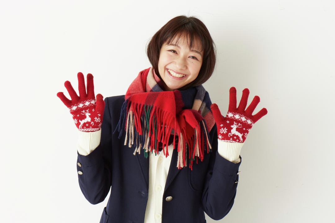 【1】マフラーと手袋で露出部分もしっかり防寒