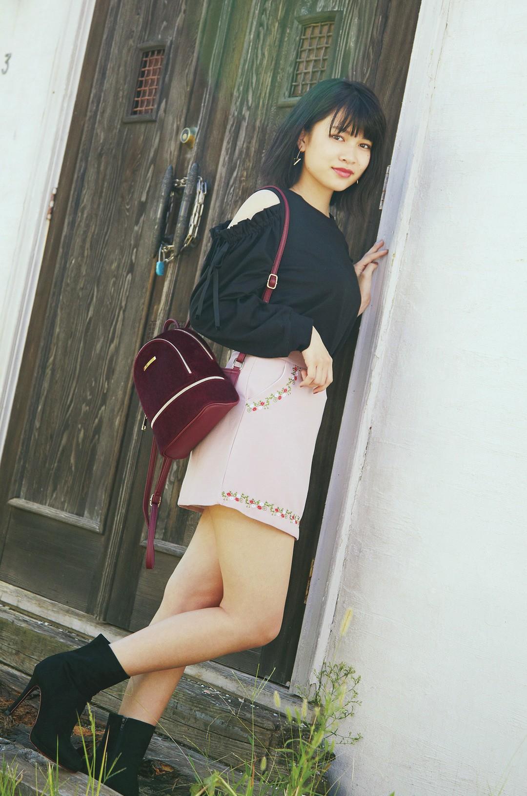 樫本琳花ちゃんはいろっぽクールでモテ♡