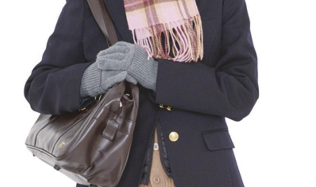 ⑤手袋で冷えやすい手首&指先をケア!