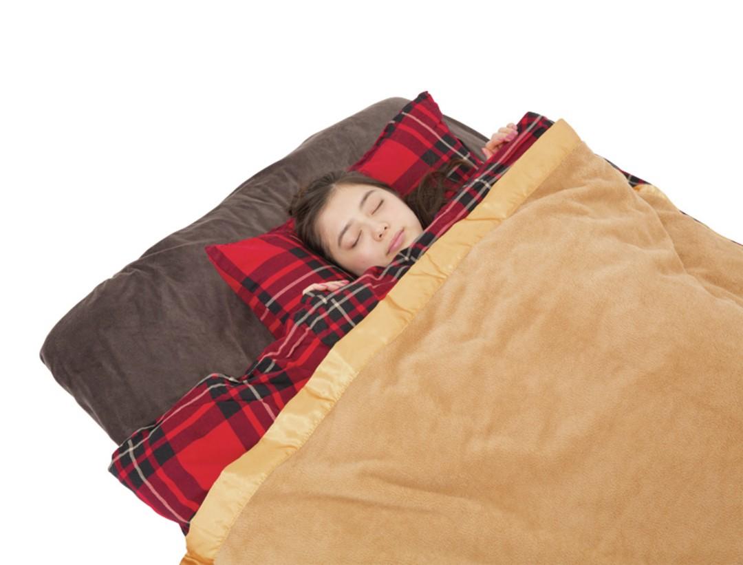 【対策⑤】毛布はふとんの上からかけるほうが温かい!