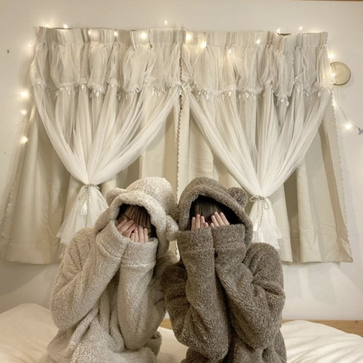 パジャマとお部屋がマッチ♡
