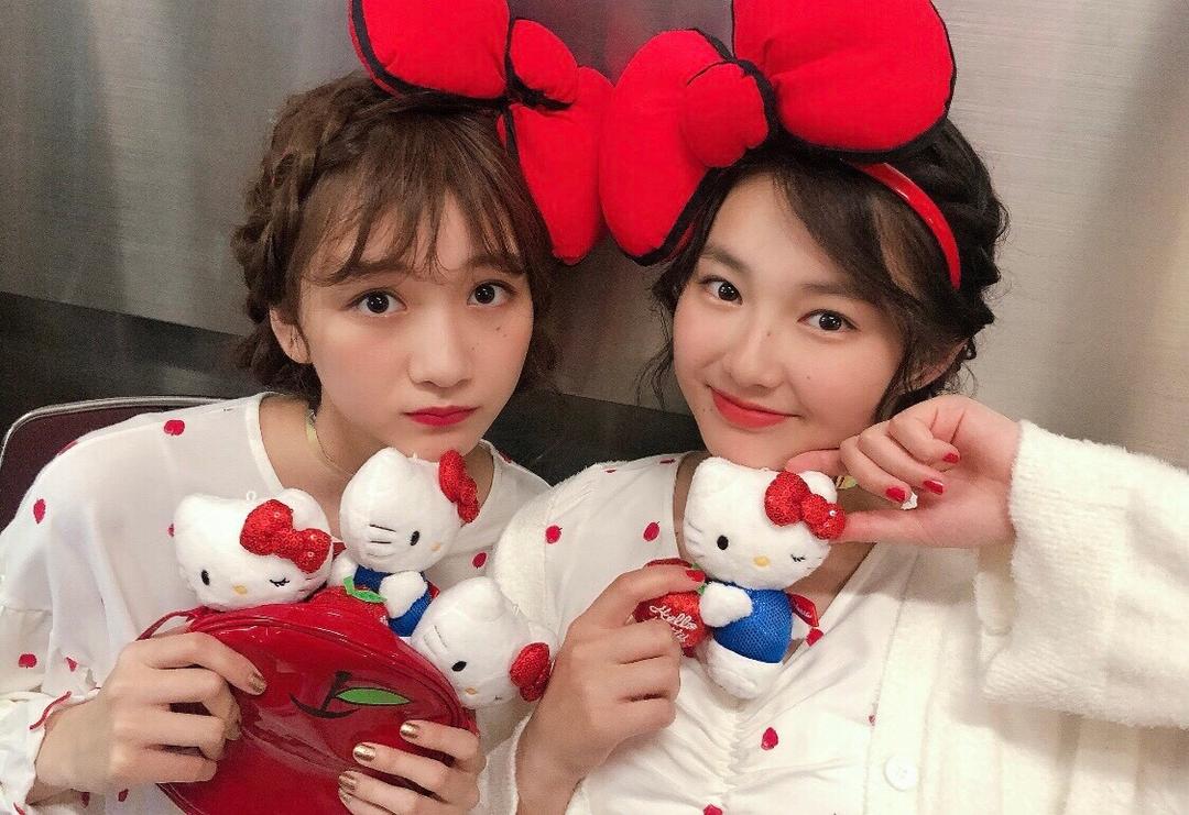 夢菜ちゃんと愛里ちゃんはキティーちゃんみたいにキュートなヘアメイク♡