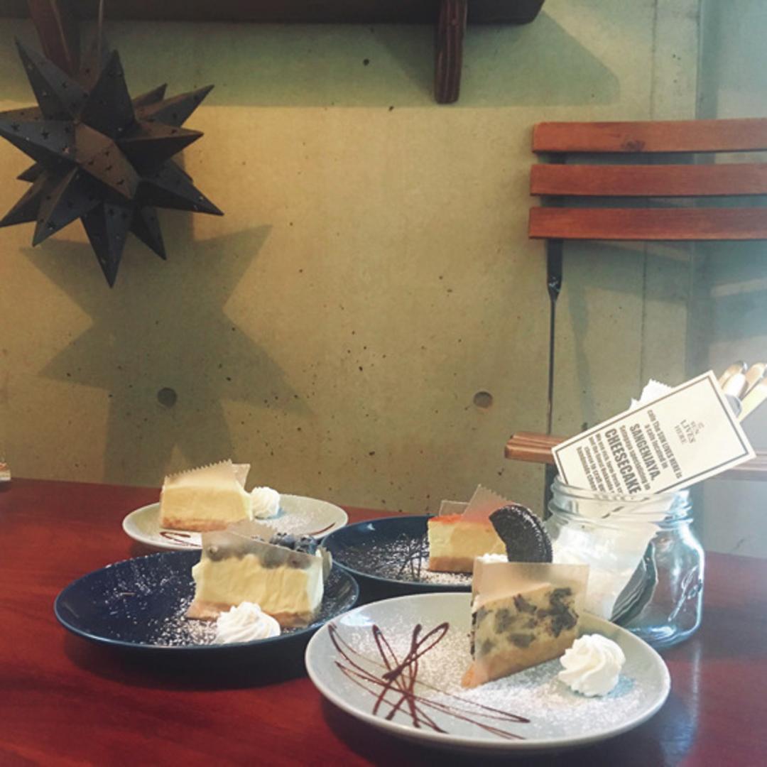 大人っぽカフェでチーズケーキ♪
